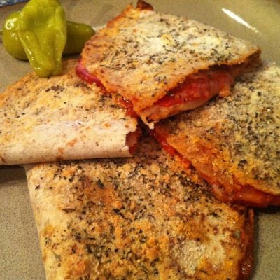 Low Carb Pizza Pockets | Peace Love and Low Carb