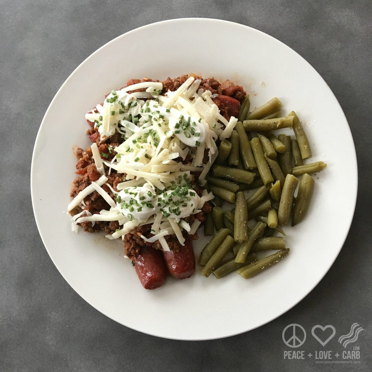 Low Carb and Gluten Free Chili Dogs and Green Beans | Peace Love and Low Carb